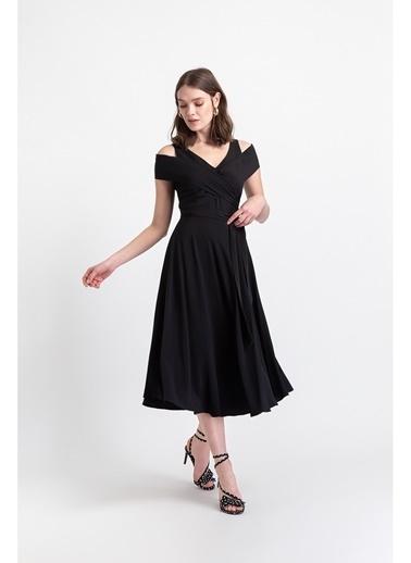 Rue Kuşaklı Volanlı Midi Elbise Siyah
